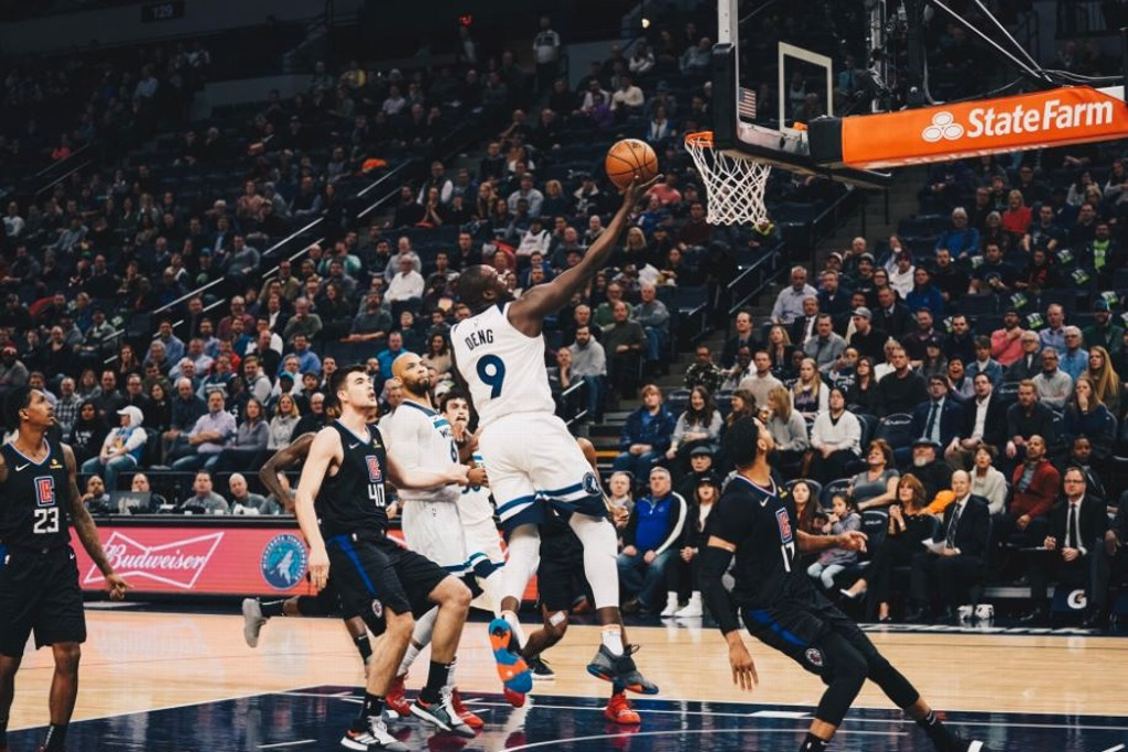 NBA: Timberwolves dominan a los Clippers