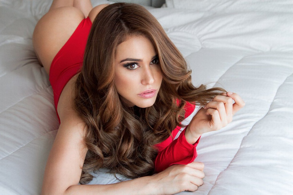 Yanet García enciende Instagram (FOTOS Y VIDEOS)