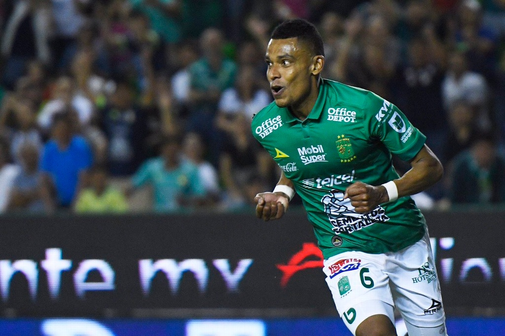 William Tesillo deja atrás amenazas y se enfoca con León