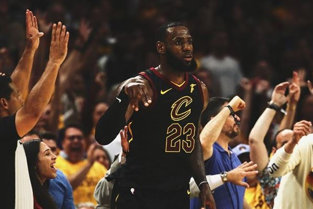 NBA Playoffs: Cavs vencen a los Celtics y emparejan final de Conferencia