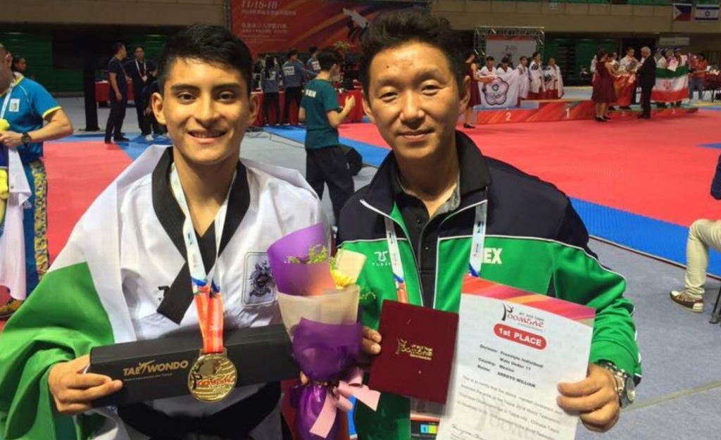 Mexicano William Arroyo gana oro en Mundial de Taekwondo en China