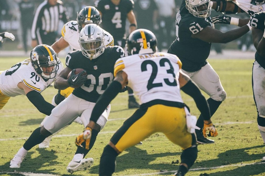 NFL: Raiders vence a los Steelers