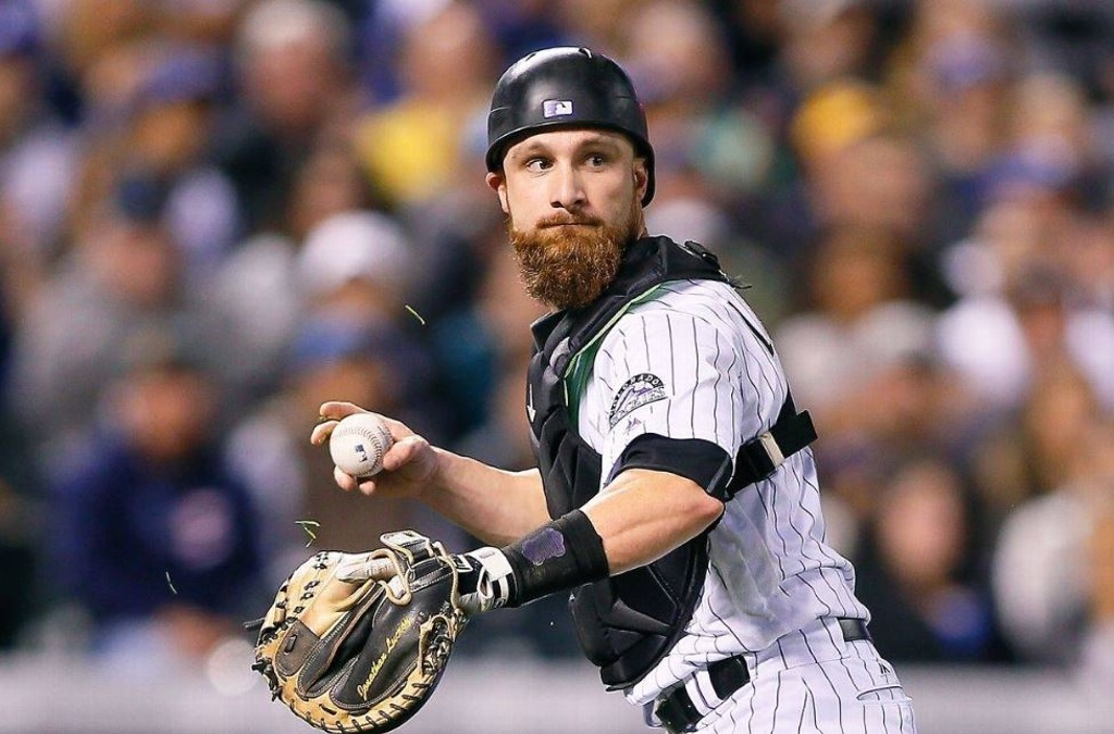 Jonathan Lucroy firma con los Angels