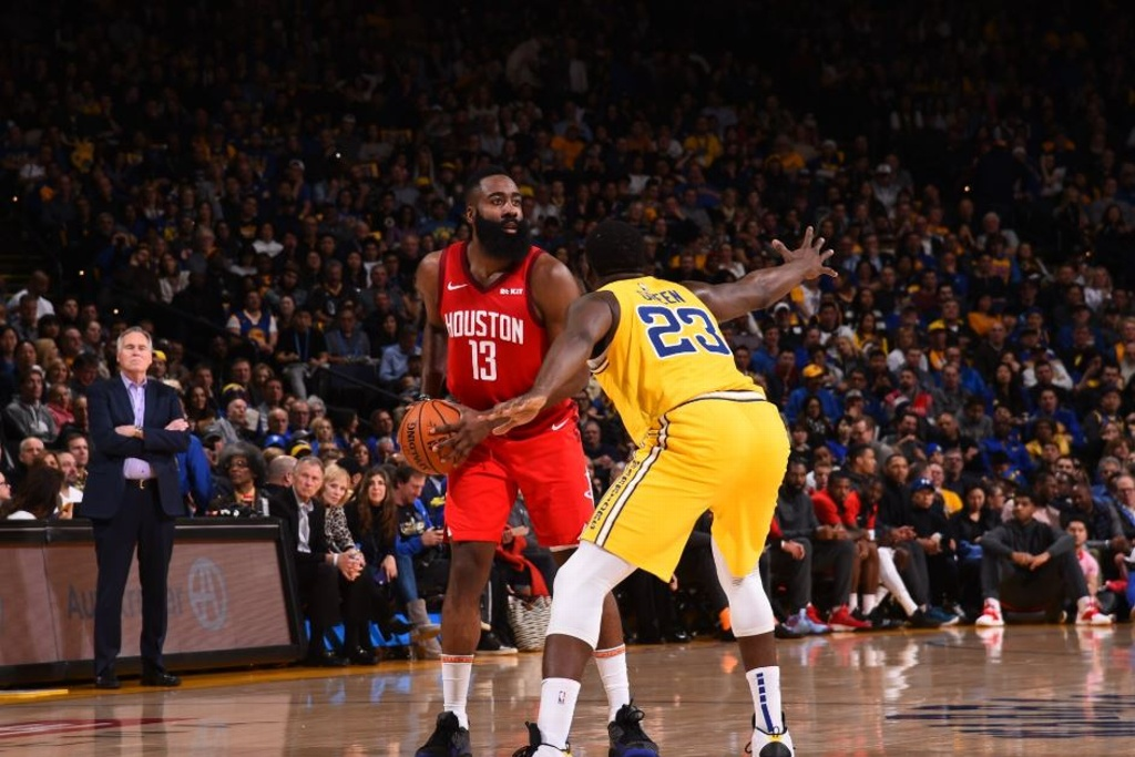NBA: James Harden opaca a los Warriors
