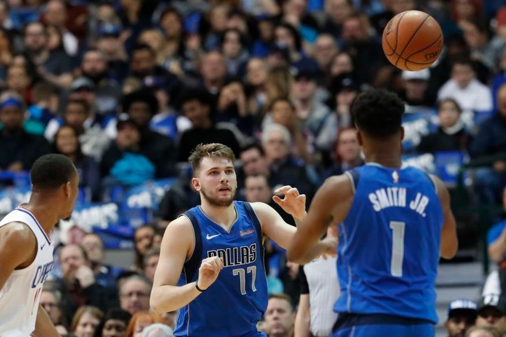 NBA: Mavs derrotan a los Clippers