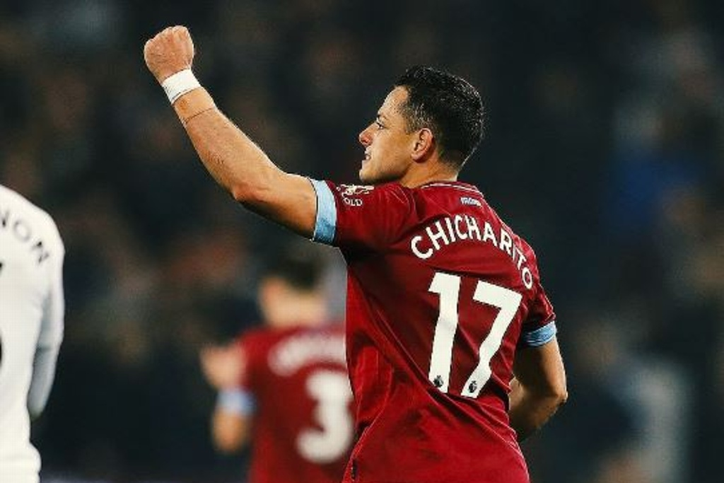 Gol con la mano del 'Chicharito' y West Ham vence al Fulham (VIDEO)