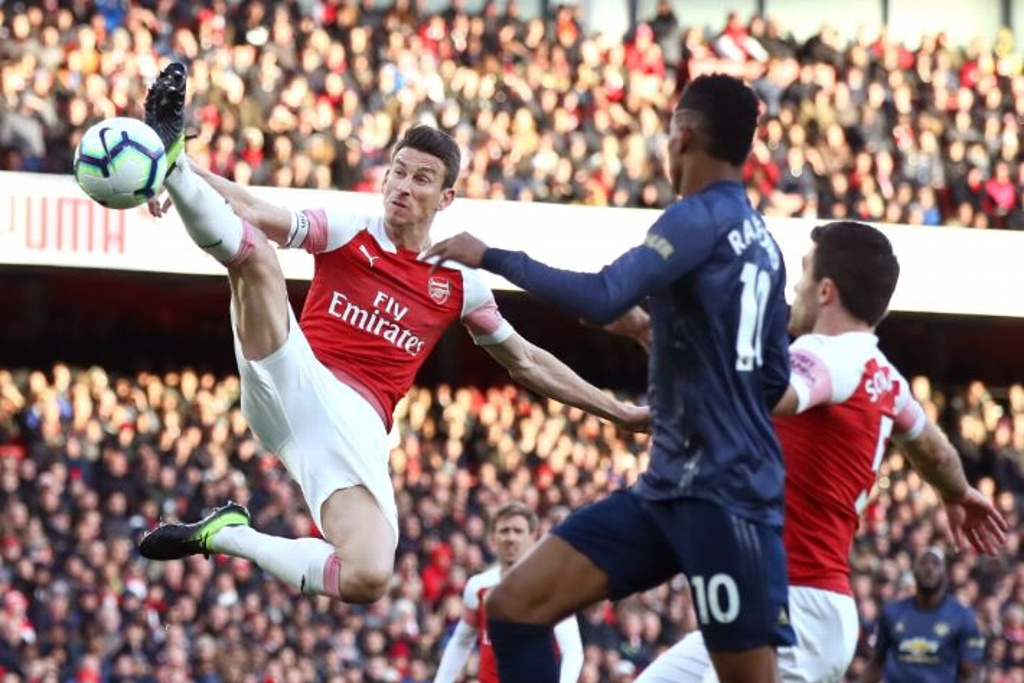 Manchester United cae ante el Arsenal