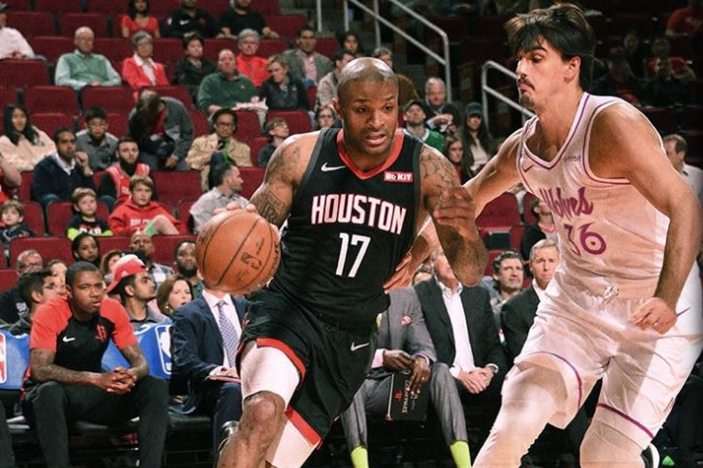 NBA: Chris Paul guió triunfo de los Rockets