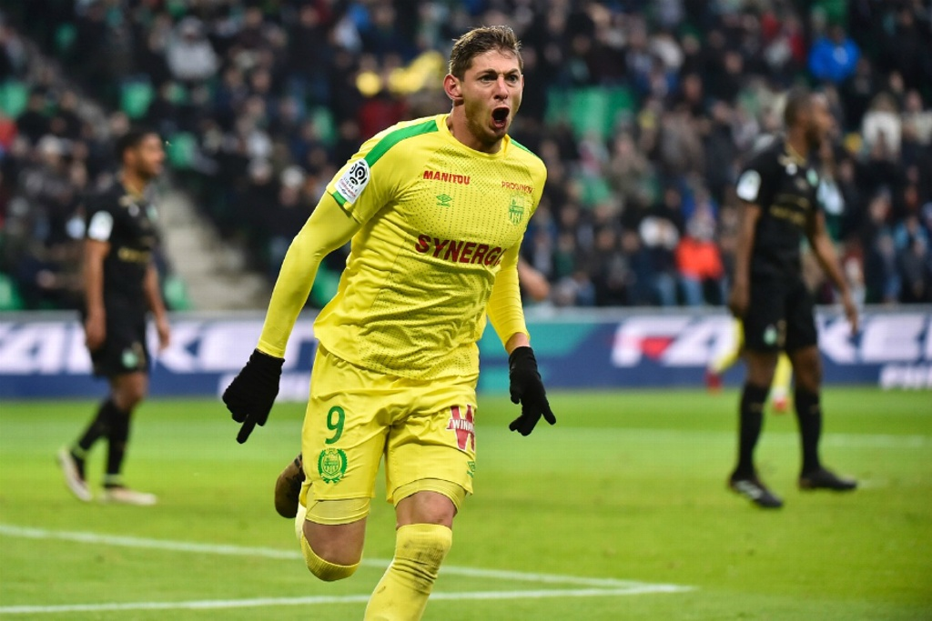 FIFA advierte a Cardiff City que pague por Emiliano Sala