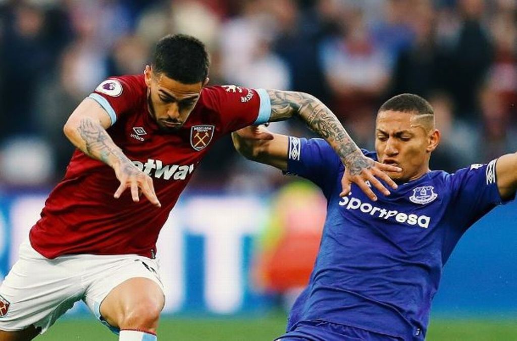 West Ham cae ante el Everton, 'Chicharito' tuvo minutos