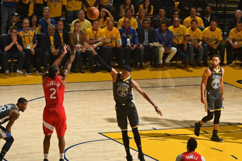 NBA: Warriors obligados a ganar, Raptors por la gloria