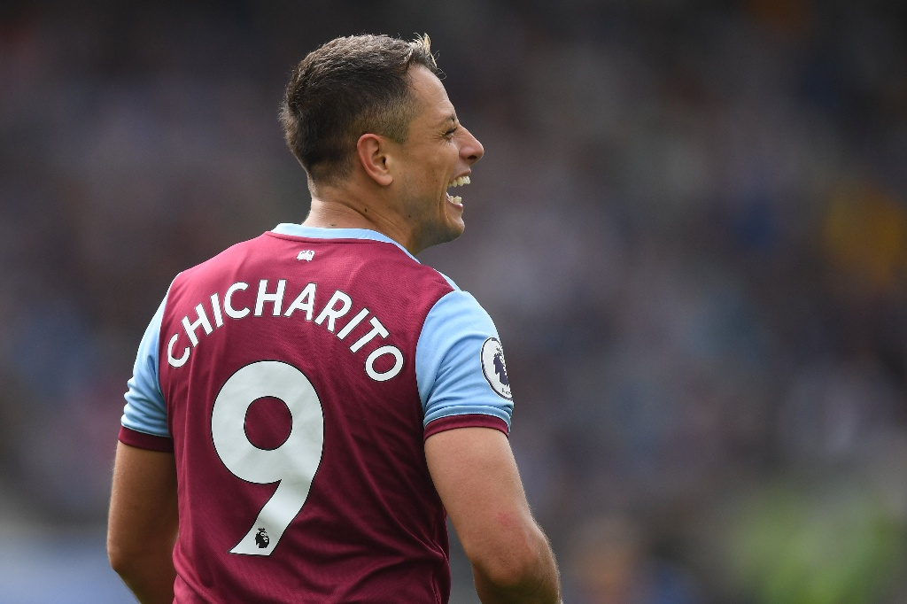 'Chicharito' y West Ham van por primer victoria en Premier League