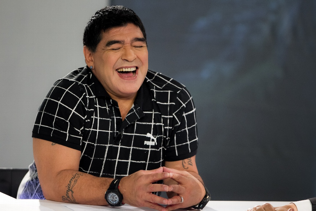 Maradona es captado en deplorable estado nuevamente (VIDEO)