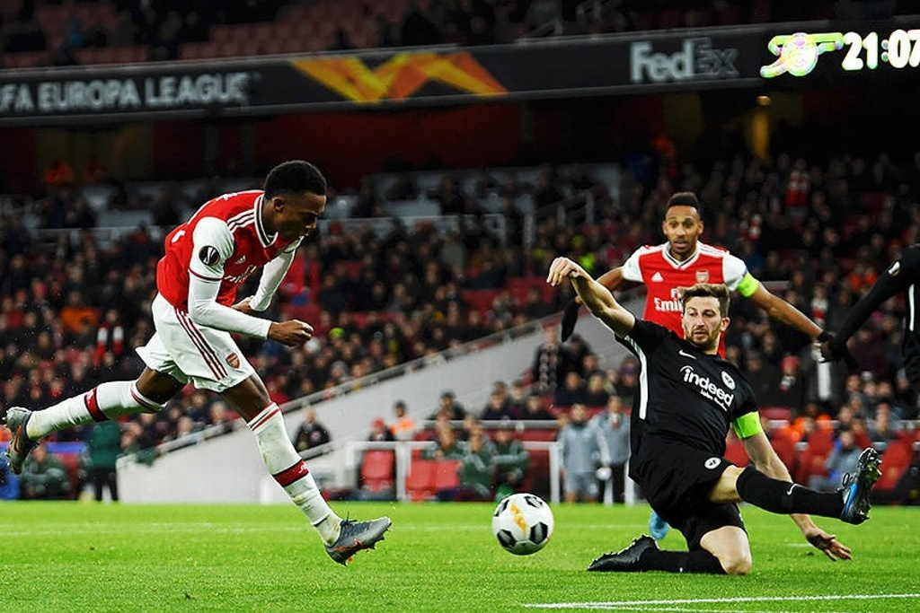 Arsenal no levanta y cae ante Frankfurt en Europa League