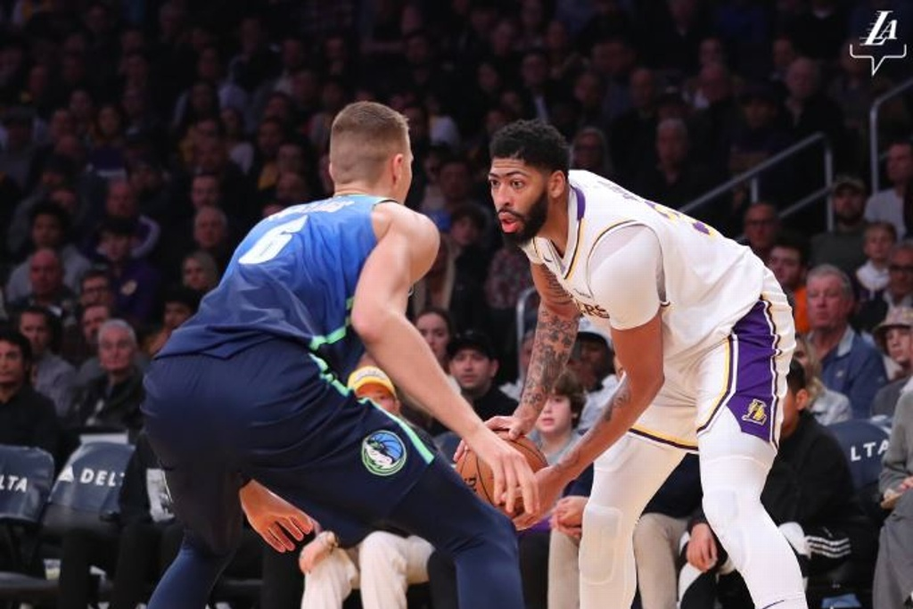 NBA: Lakers no pueden y caen ante Mavericks