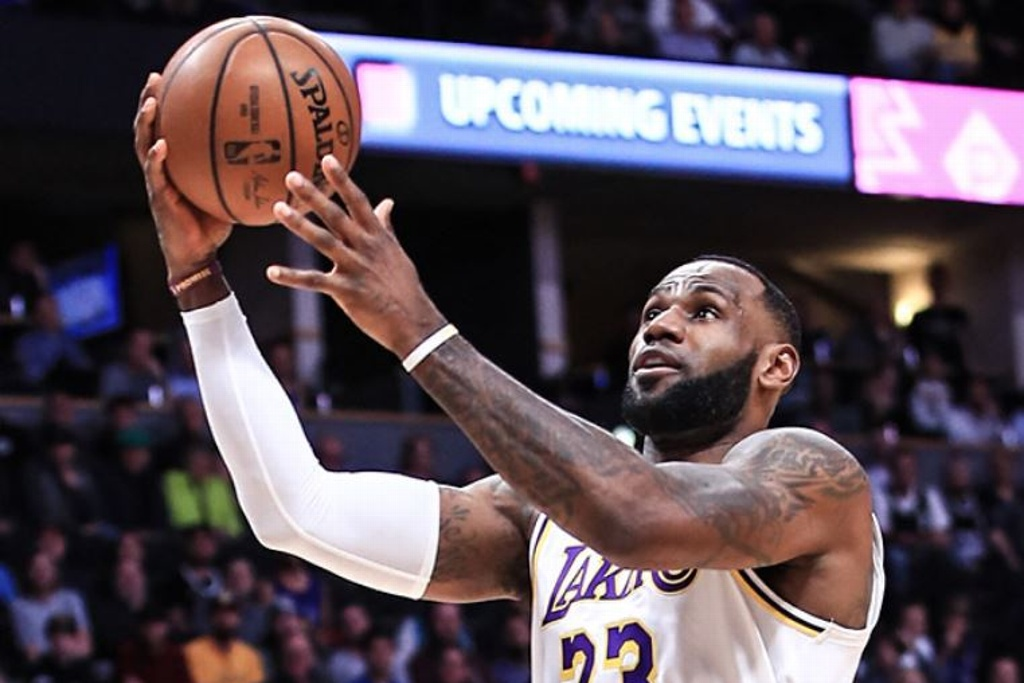 NBA: Lakers contundente sobre los Nuggets