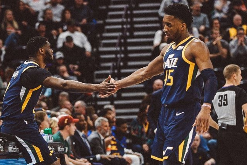 NBA: Jazz supera a los Warriors que siguen sin levantan