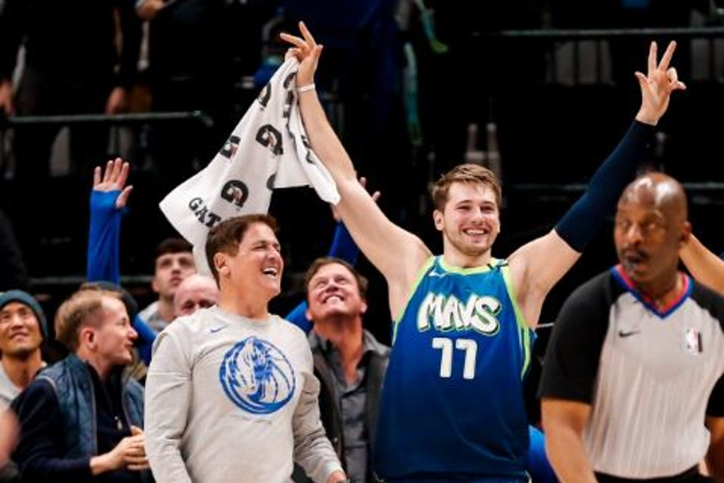 NBA: Mavs cumple y gana a los Warriors