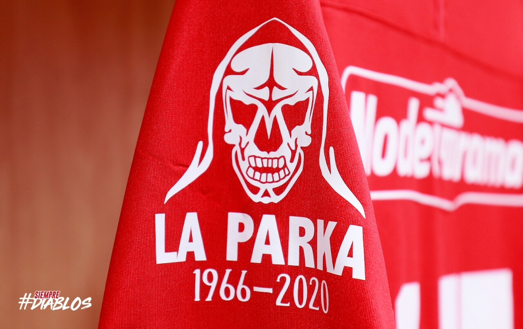 Toluca le rinde homenaje a La Parka (VIDEO)