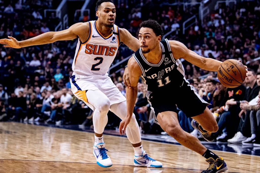 NBA: Spurs dominan a los Suns
