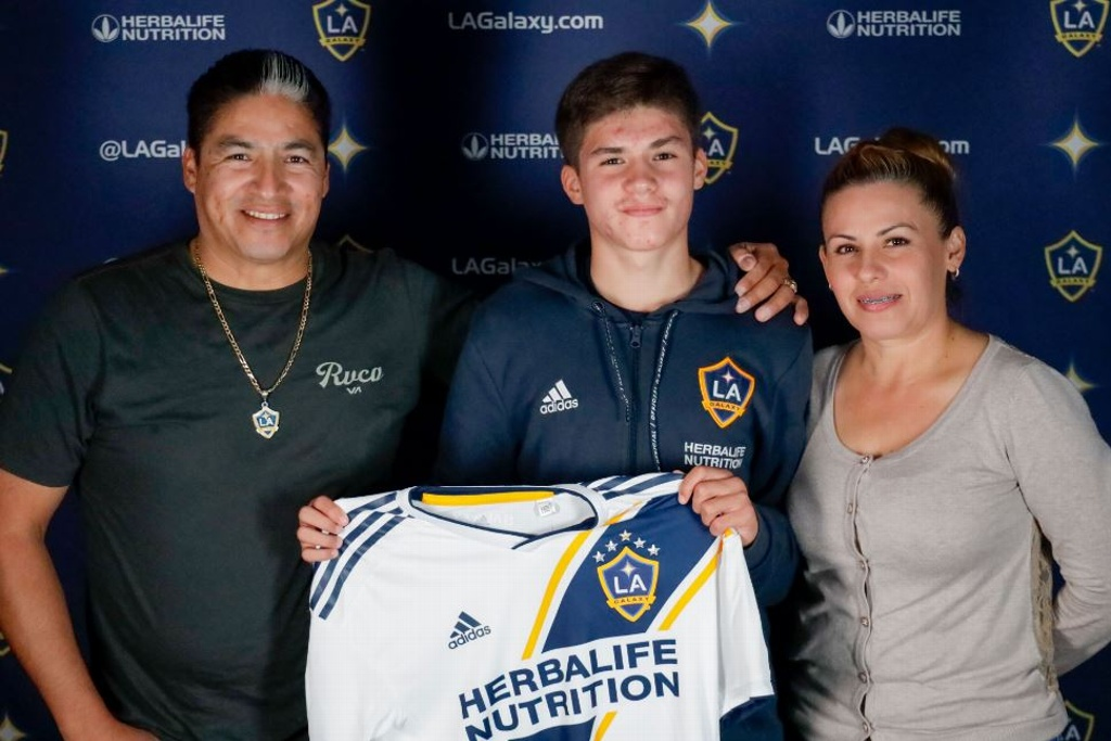 ¡Otro mexicano al Galaxy de la MLS!