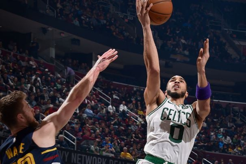 NBA: Celtics superan a los Cavs