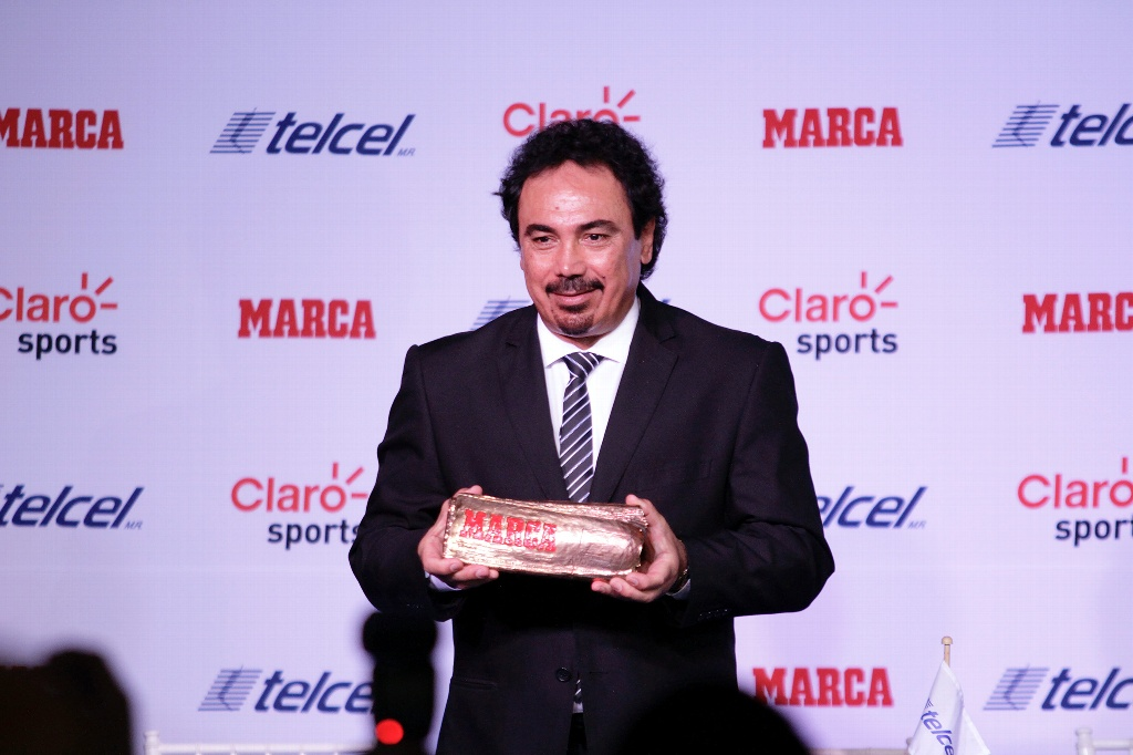 Hugo Sanchez advierte estar listo para dirigir al Real Madrid