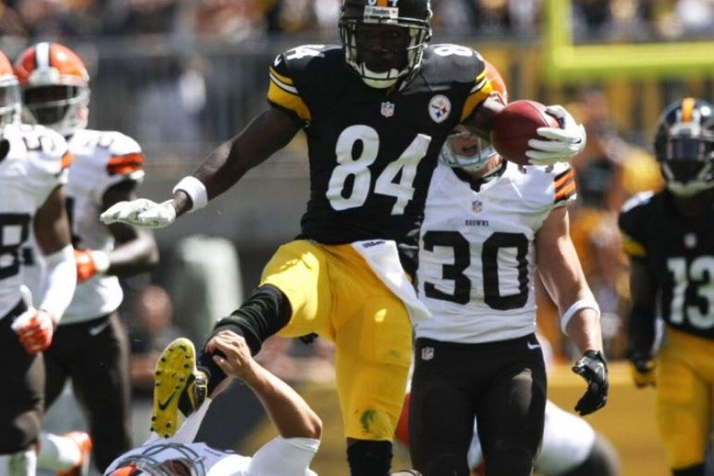 Esperan que Antonio Brown regrese a la NFL