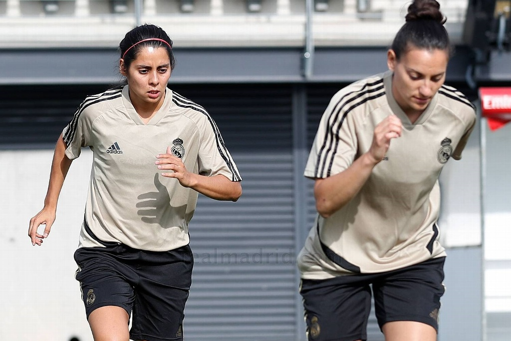 Kenti Robles ya entrena con el Real Madrid