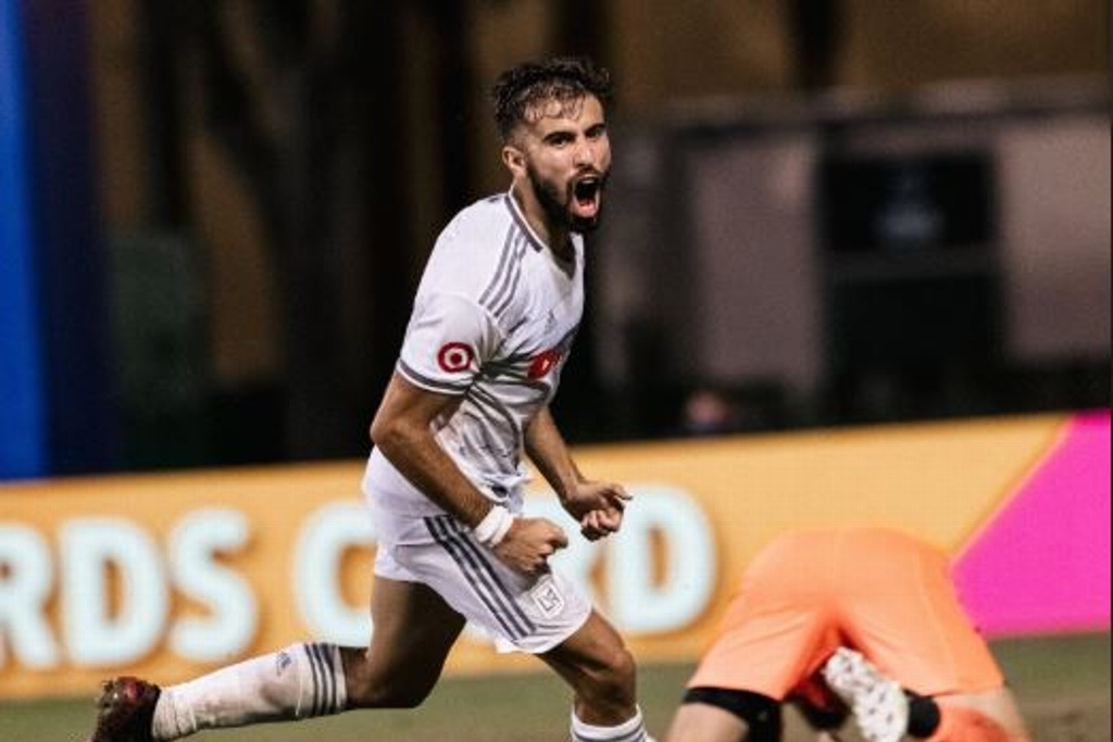 LAFC golea y avanza a Cuartos de la MLS is Back