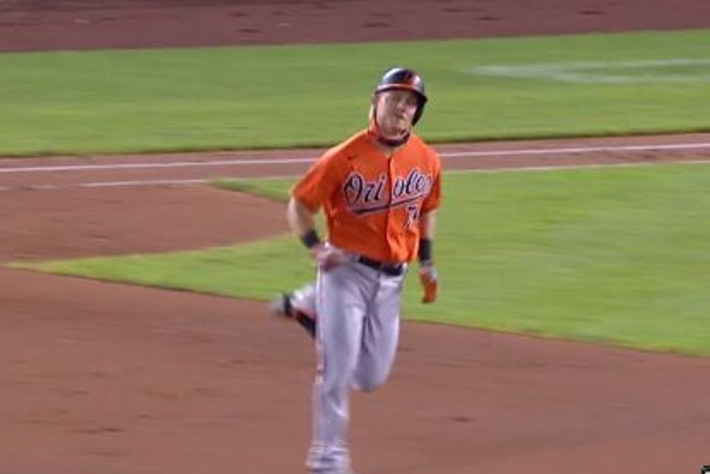 Orioles triunfan ante los Nationals