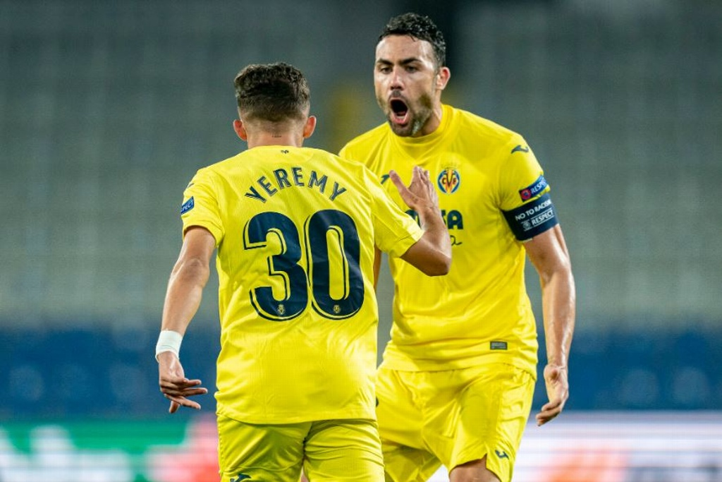 Villarreal sigue fuerte en Europa League