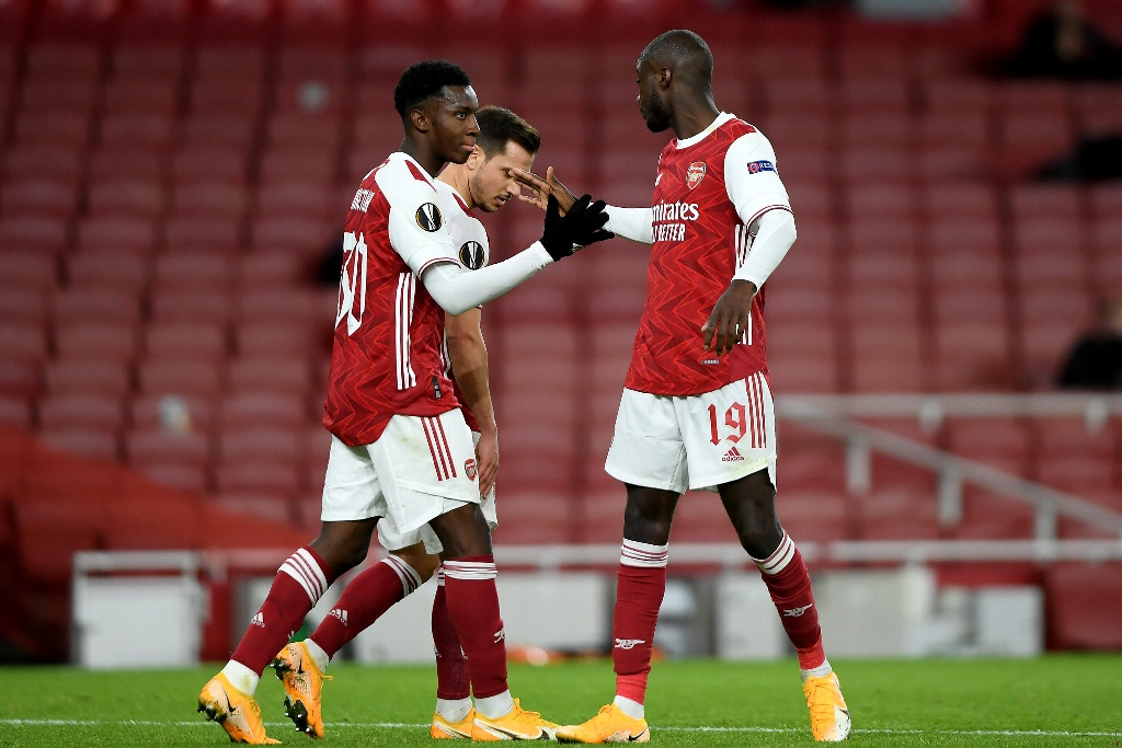 Arsenal golea en Europa League