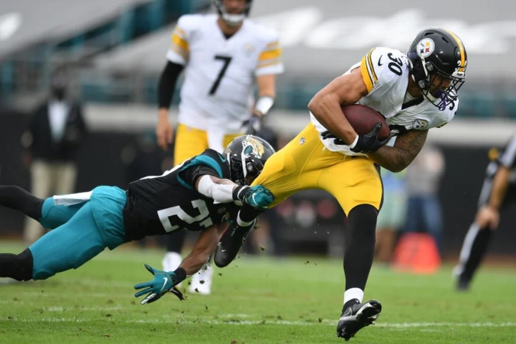 NFL: Steelers vence a Jaguars y sigue invicto