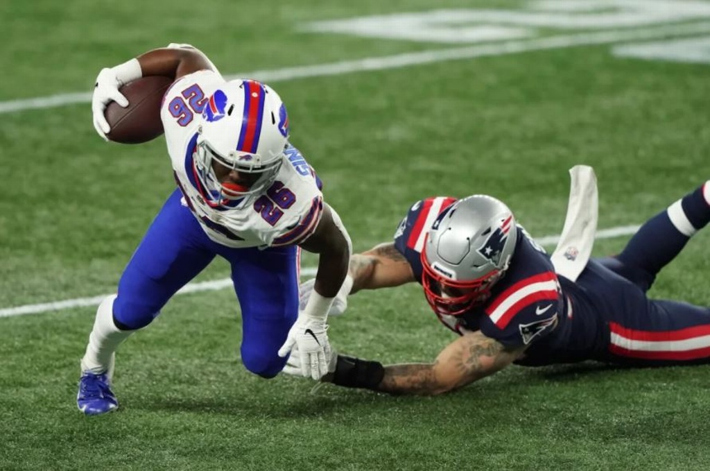 NFL: Bills apalea a unos indefensos Patriotas