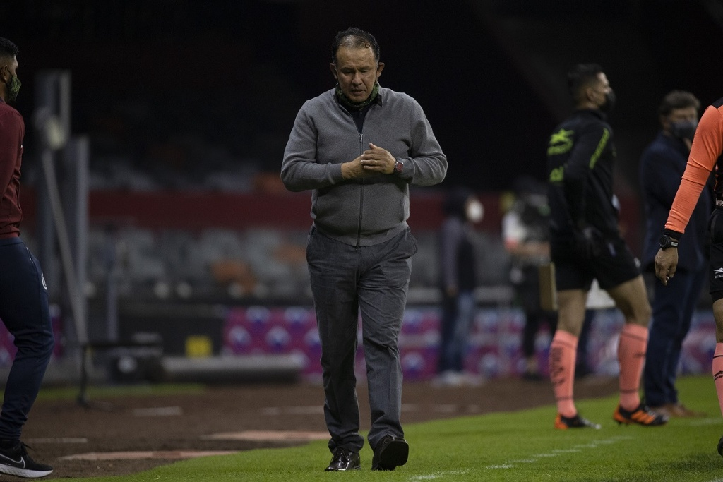 El secreto de Juan Reynoso con Cruz Azul (VIDEO)