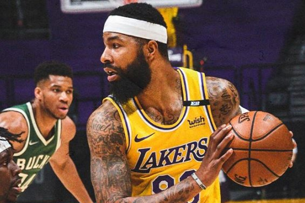 NBA: Lakers cayeron ante los Bucks